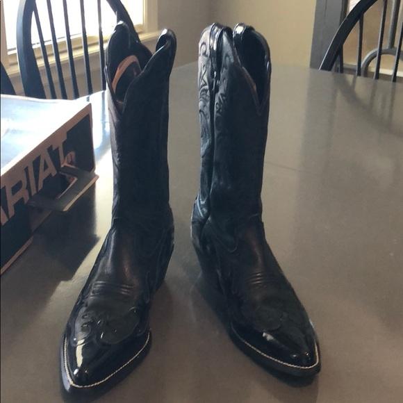 0c509ea9c1b Women's Beautiful Black Leather Ariat Cowboy Boots